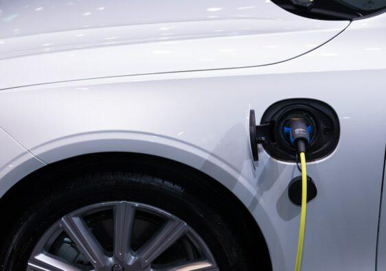 waar op letten elektrische auto